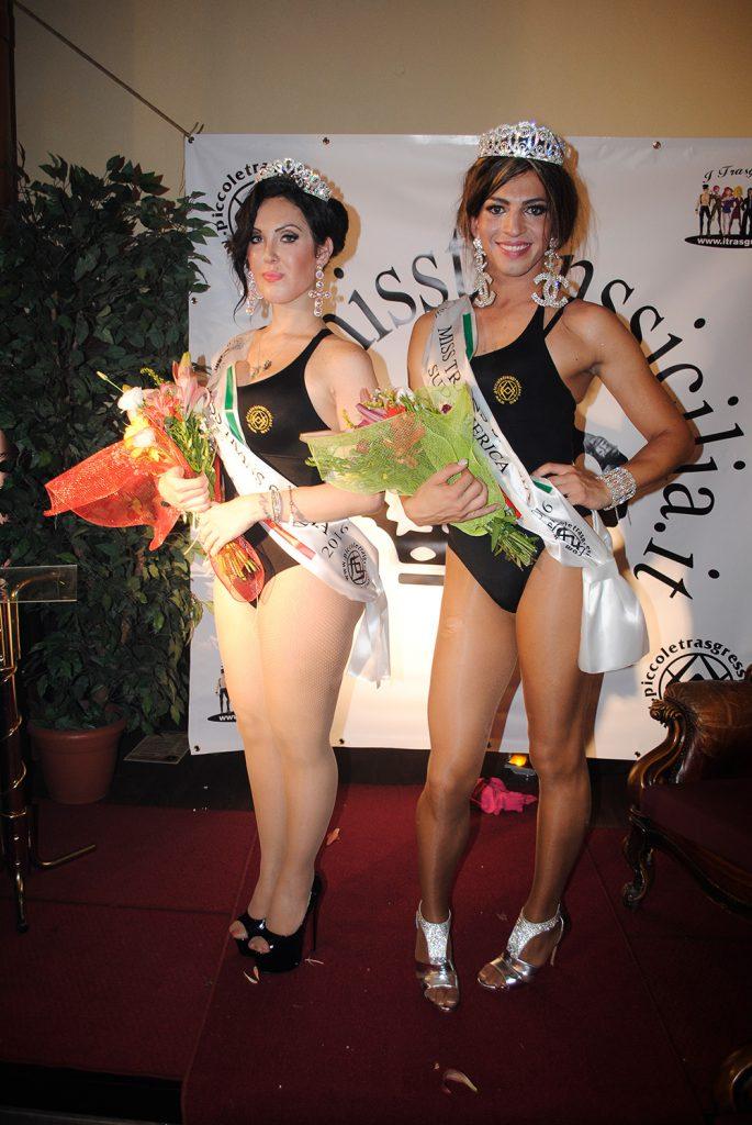 Le vincitrici da sx Daisy Pappagalli Miss Trans Sicilia, Paola Dickman Miss Trans Sicilia Sudamerica