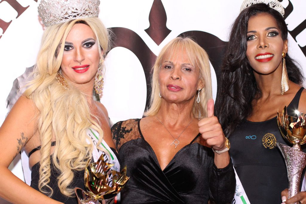 da sx Miss Trans Italia Venere, Regina Satariano & Miss Trans Italia Sudamerica Fabiola Fontana