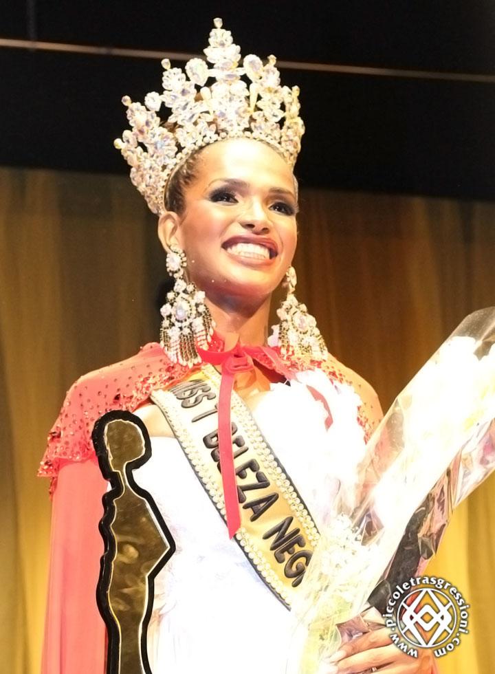 la vincitrice, la brasiliana Yara Wolkan