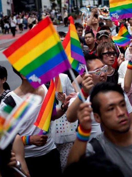 Il Giappone obbliga le persone trans alla castrazione