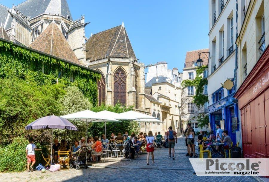 Parigi:Turismo LGBT+: ecco i migliori tour a piedi in Europa e Nord America