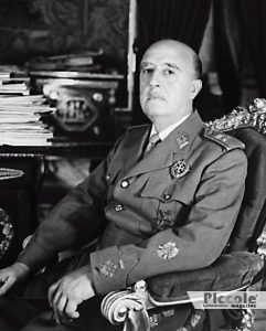 URANO nei segni Francisco Franco