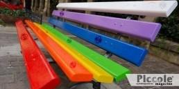 Le panchine arcobaleno di Milano