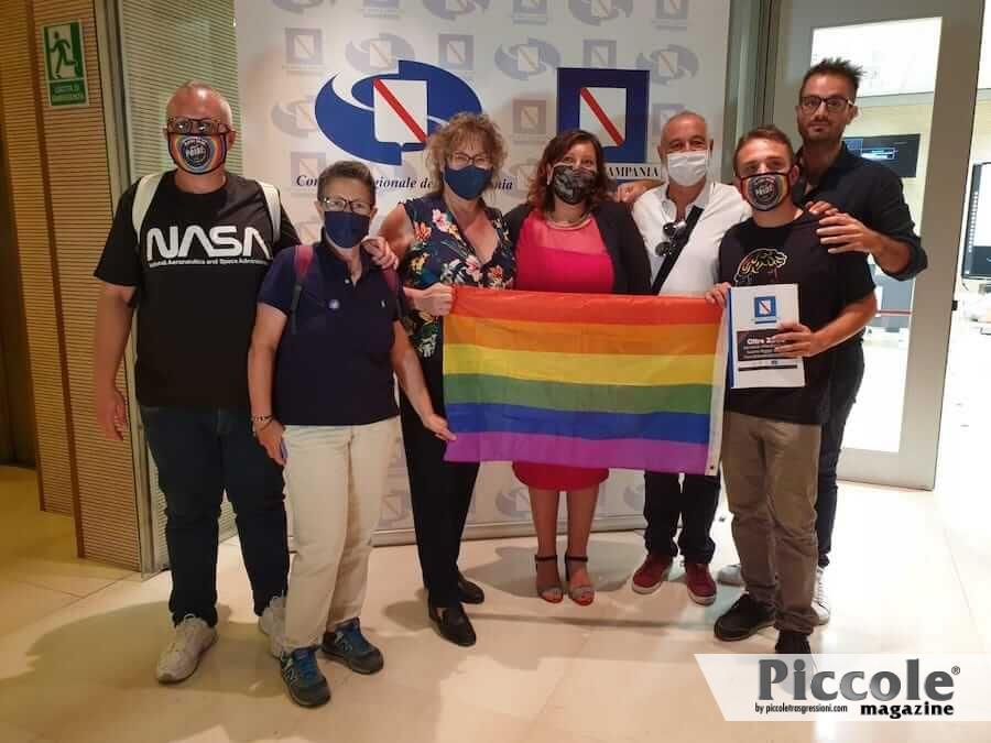 La Campania approva la legge contro la discriminazione LGBT+