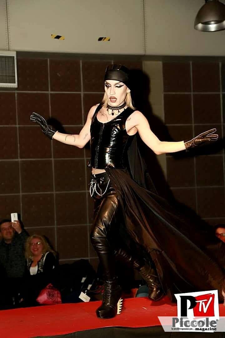 lux drag queen
