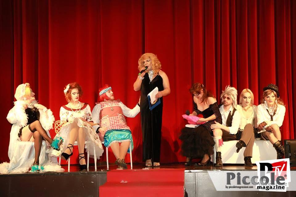Intervista a Madame Cabaret: 'la vita è un treno veloce, non fatelo fermare!'