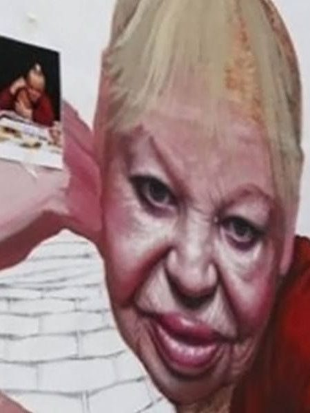 Un murale per Tarantina Taran, ultimo femminiello di Napoli
