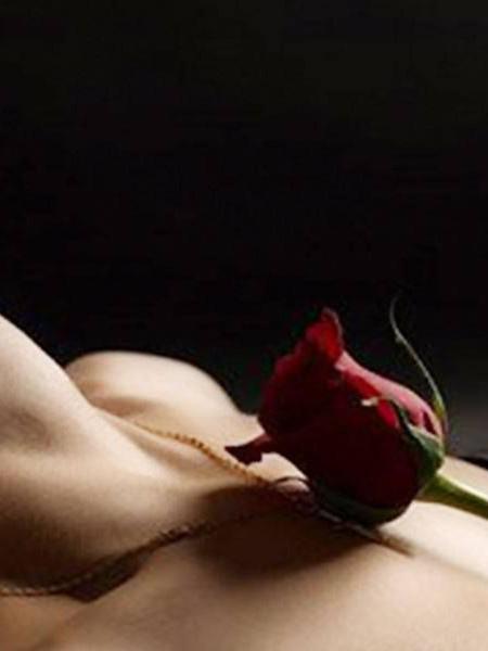 La mia dolce Luna: storia erotica lesbo