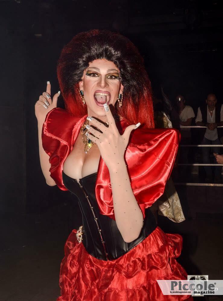 """Intervista alla Drag Trinity Dè Lirè e l'effetto """"WOW"""""""
