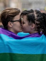 Ue: Ungheria e Polonia: 'No al riconoscimento dei diritti LGBT'